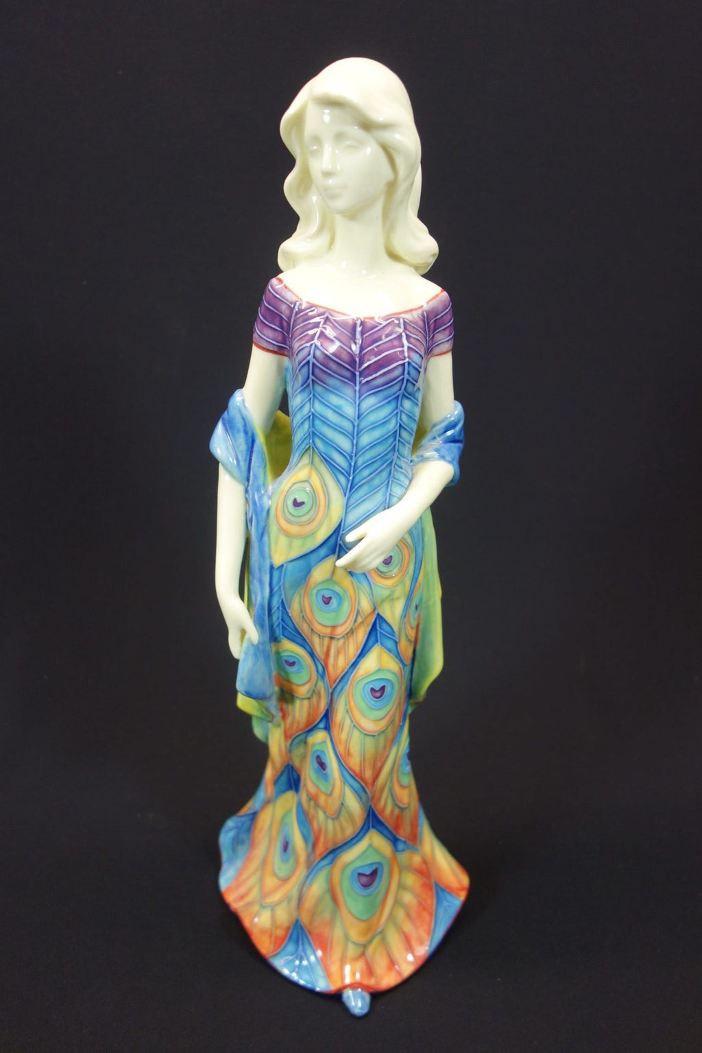 "Benaya Lady in Peacock Dress 14"" Statue 1"
