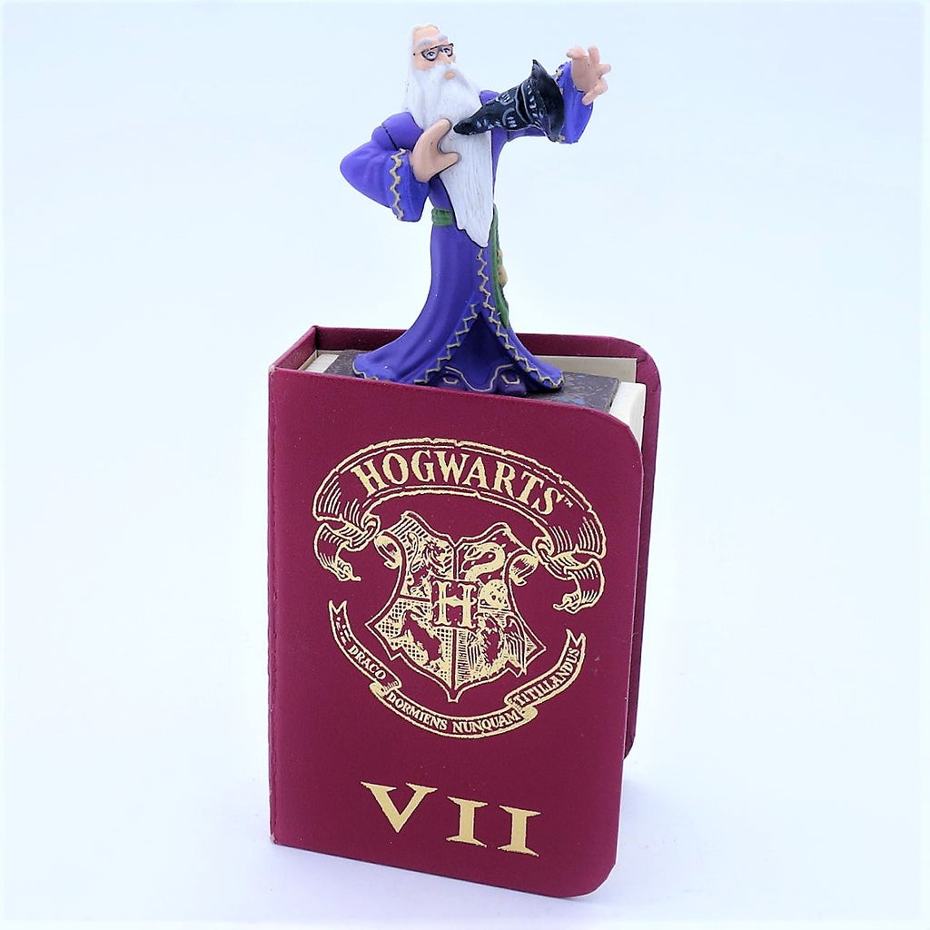 "Harry Potter Diecast ""Dumbledore"" Figure Inside a Book"