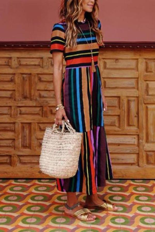 AREALOOK Fabulous Round Neck  Striped Maxi Dresses