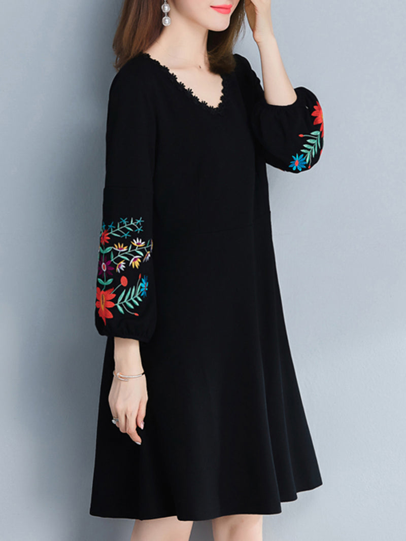 V-Neck Embroidery Shift Dress