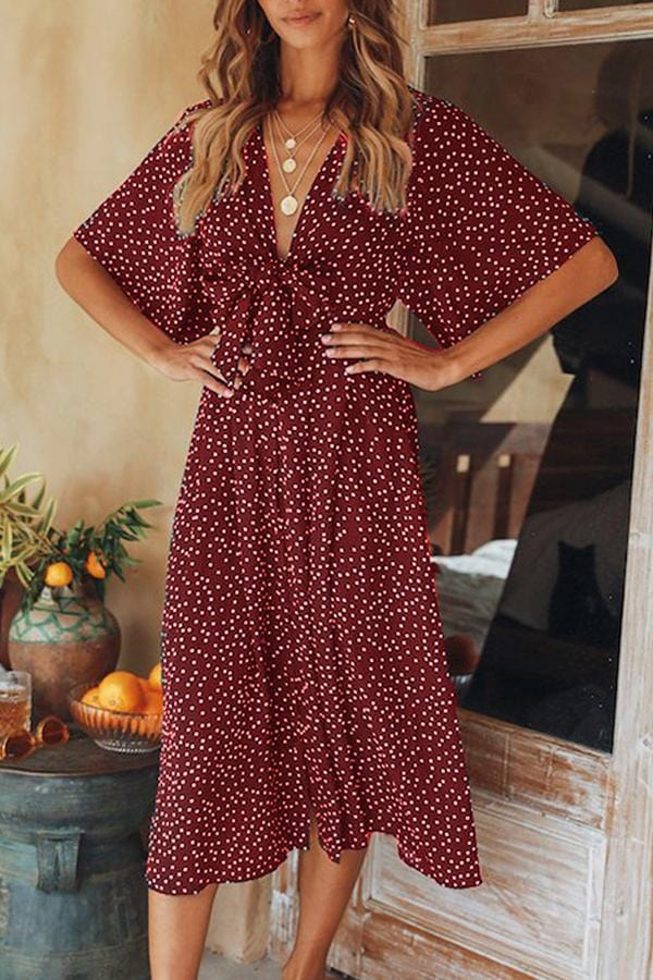 AREALOOK Casual Fashion V Collar Flare Sleeves Floral Dress