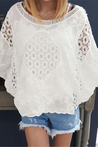 Women's Round Neck Bat Sleeves Lace Openwork Five-Points Sleeve T-Shirts