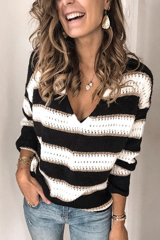 Casual V-Collar Long-Sleeved Knitted Sweater