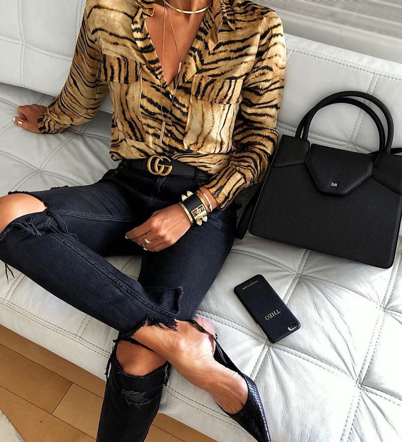 Fashion Flap Pockets Tiger Printed Fold-Over Collar Shirt