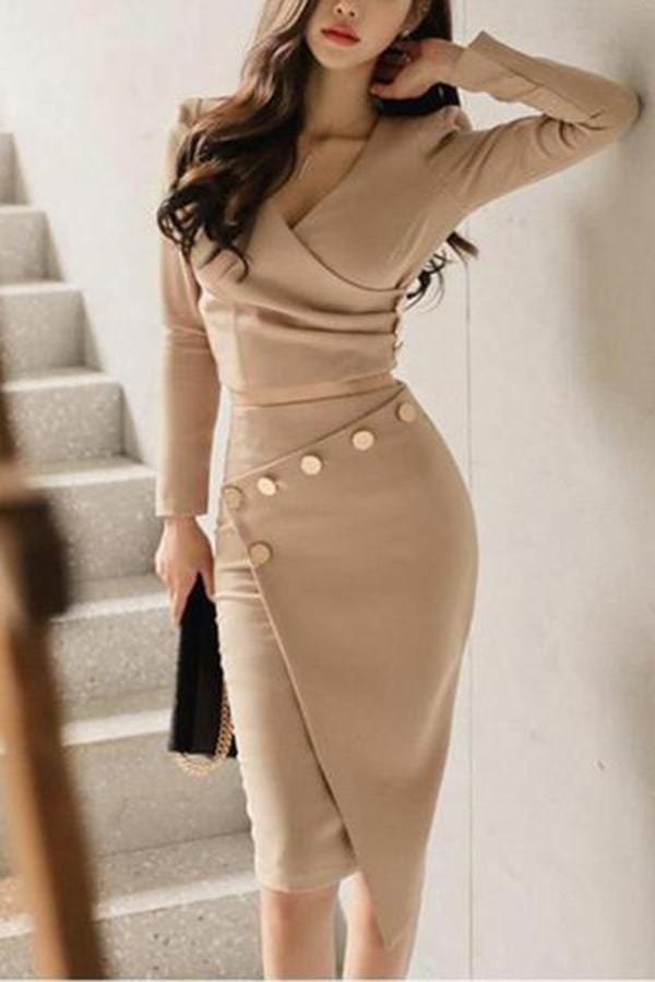 Surplice  Ruched Single Breasted  Decorative Button  Plain Bodycon Dress