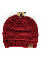 Load image into Gallery viewer, Chunky Knit CC Beanie