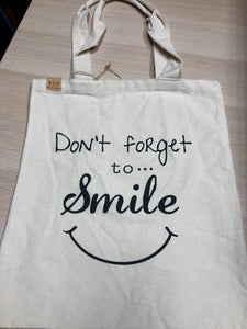 """Don't Forget to Smile"" Tote Bag"