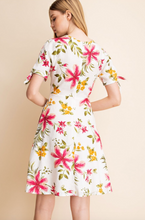 Load image into Gallery viewer, Linen Floral Print Dress