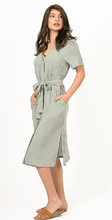 Load image into Gallery viewer, SS Midi Button Down Midi Dress