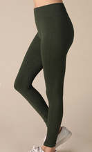Load image into Gallery viewer, Seamless Leggings with Ladder Design (2 Colours)