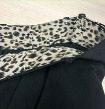 Load image into Gallery viewer, Inner Waist Leopard Print Black Trousers