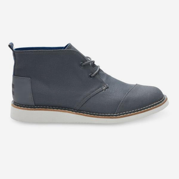 Mens Castlerock Grey Coated Canvas Mateo Chukka Boots
