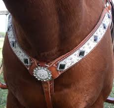 Horse Breast Collars at Running Hard Products