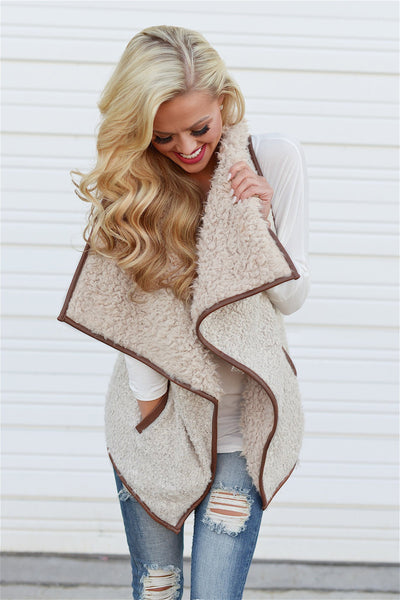 Breaking The Mold Shearling Vest - soft vest, fall style, Closet Candy Boutique Close Up