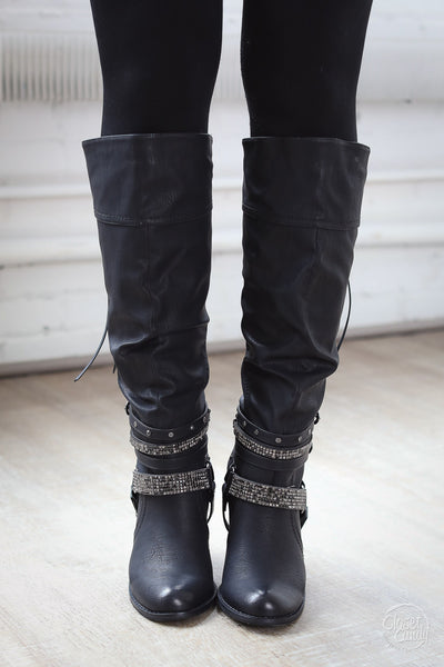 NOT RATED Stacey Boots - Black