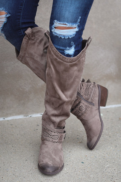 Wild West Suede Boot - Taupe