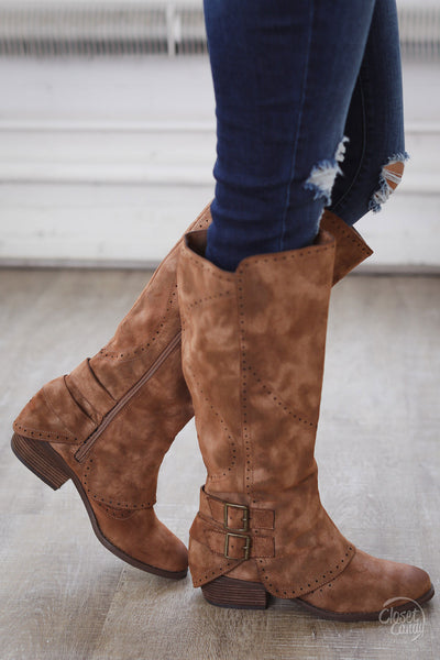 Walk My Way Suede Buckle Boots - Tan