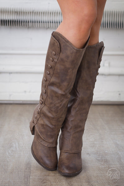 Sole Searching Boots - Taupe