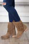 NAUGHTY MONKEY Vamphyer Boots - Tan