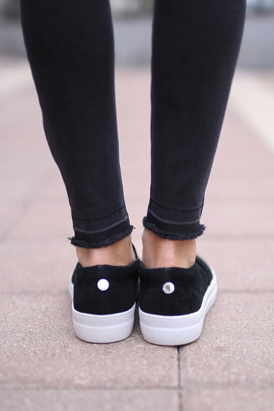 STEVE MADDEN Chris's Favorite Sneakers - black slip on sneakers, Closet Candy Boutique 2