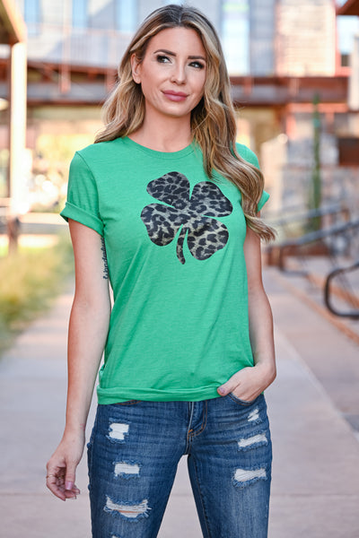 Lucky Leopard Graphic Tee - Kelly Green womens casual leopard print four leaf clover tshirt closet candy front 2