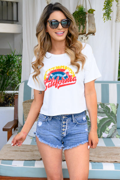"""California"" Cropped Tee - Ivory womens summer crop top graphic print t-shirt closet candy front"