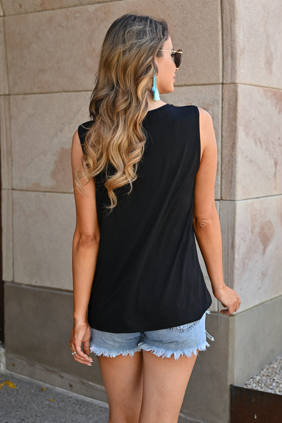 """Vacay"" Graphic Tank Top - Black"