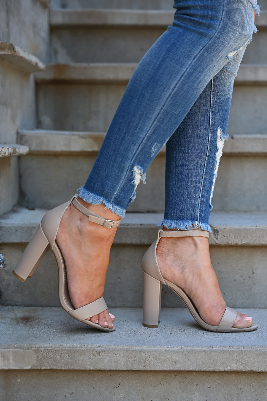 STEVE MADDEN Carrson Heels - Blush Leather