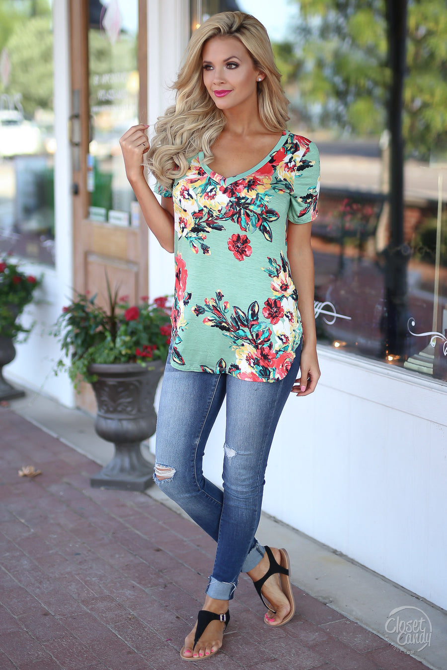 Closet Candy Boutique - Like a Back Road Top, v-neck floral short sleeve top, casual and cute shirt for spring and summer