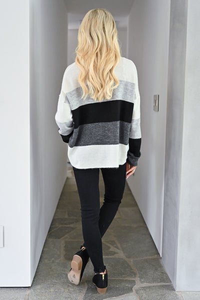 Too Much Spice Color Block Top - Black & Grey womens trendy pullover lightweight sweater closet candy back