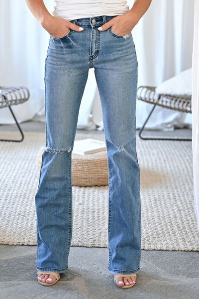 KAN CAN Alexa Bootcut Jeans - Medium Wash womens trendy high waisted boot cut medium wash non distressed jeans closet candy front 4