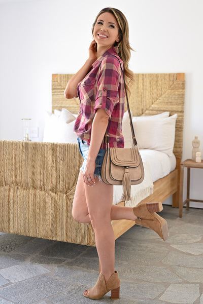 Emily Crossbody Bag - Taupe womens trendy crossbody with tassel on front closet candy outfit