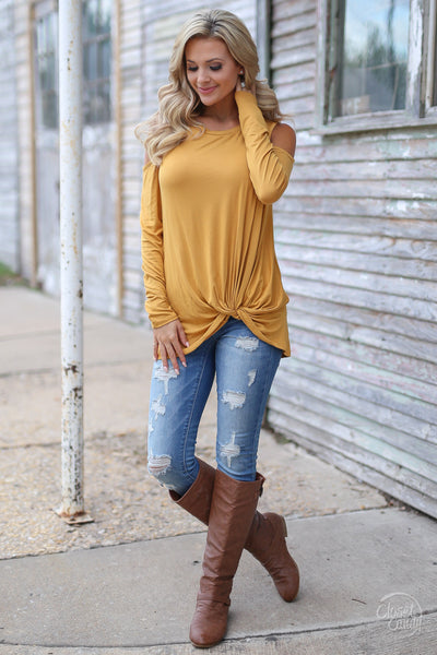 Full Heart Top - mustard knotted hem top, front, Closet Candy Boutique