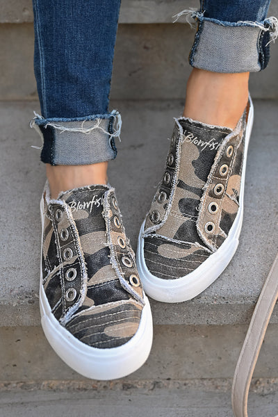 Wherever You Wander Sneakers - Natural Camo womens casual comfortable tennis shoes closet candy top