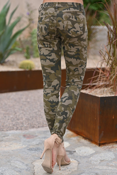 Color Me Camo Jeans - Olive camo print skinny jeans with zipper pockets, closet candy boutique 4