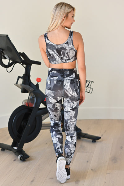 Back In Motion Athletic Leggings - Grey, women's camo print, activewear, padded sports bra, closet candy boutique 4