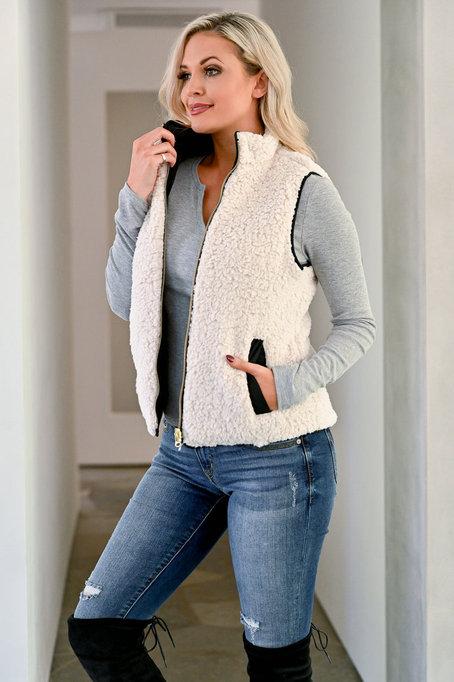 Change is Good Reversible Sherpa Vest - Black womens trendy quilted fleece sherpa reversible vest closet candy front