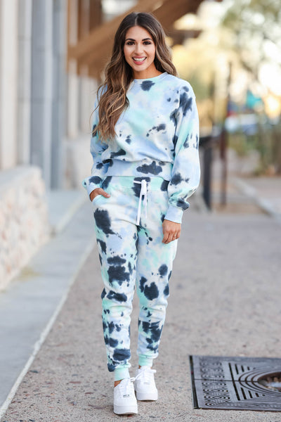 Hit The Road Tie Dye Loungewear - Blue Skies closet candy 5