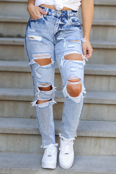 KAN CAN Layla Distressed Boyfriend Jeans - Light Acid Wash closet candy women's trendy ripped mom jeans front 2
