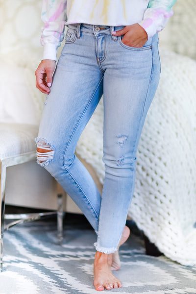 KAN CAN Anna Raw Hem Skinny Jeans - Light Wash womens trendy low rise distressed raw hem jeans closet candy front