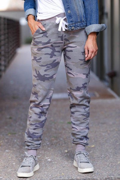 Give It A Rest Camo Joggers - Olive womens trendy drawstring joggers closet candy close up
