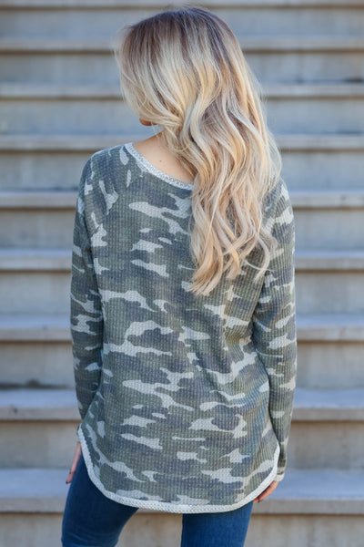 Be Seen Camo Print Waffle Knit Top - Olive closet candy women trendy v-neck top back