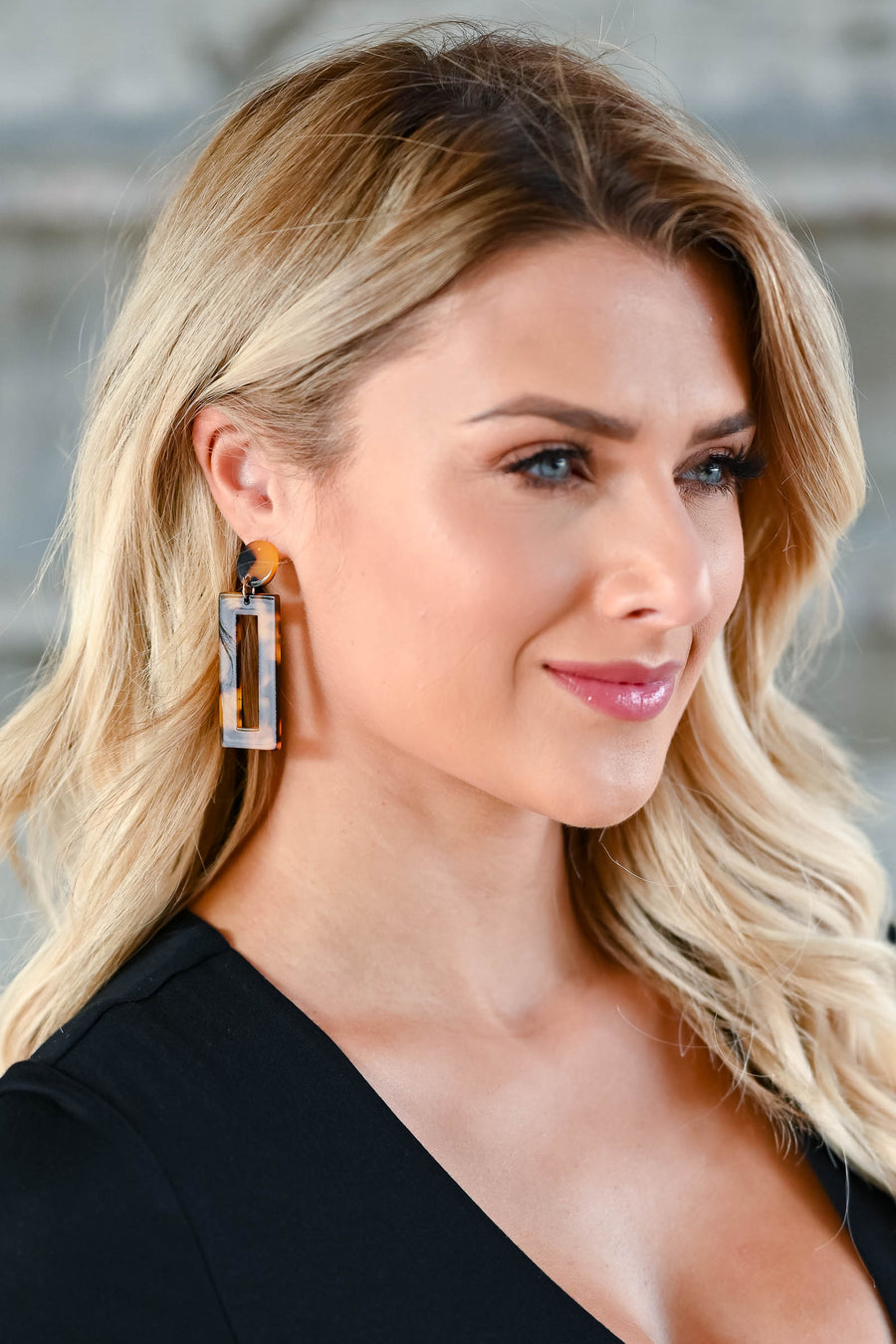 On The Scene Earrings - Tortoise Tortoise rectangle drop earrings with push-back closure closet candy front
