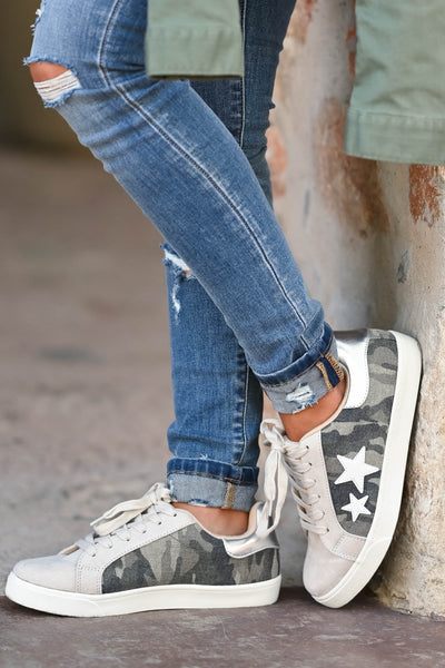 Keep On Running Sneakers - Camo Camo lace up sneakers with taupe contrast and star design. Comfortable, cushioned insole closet candy side