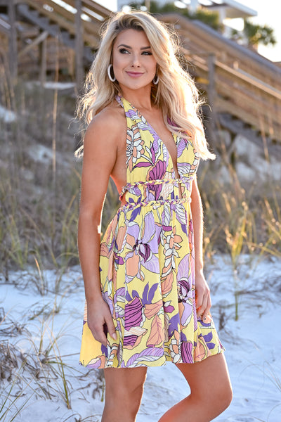 Sunshine On My Mind Halter Dress womens trendy floral print open back halter neck line yellow dress closet candy side