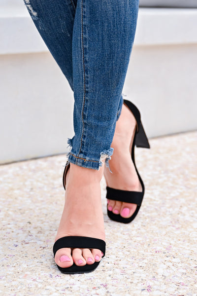 Love Sick Block Heels - Black womens trendy ankle strap block heels closet candy front