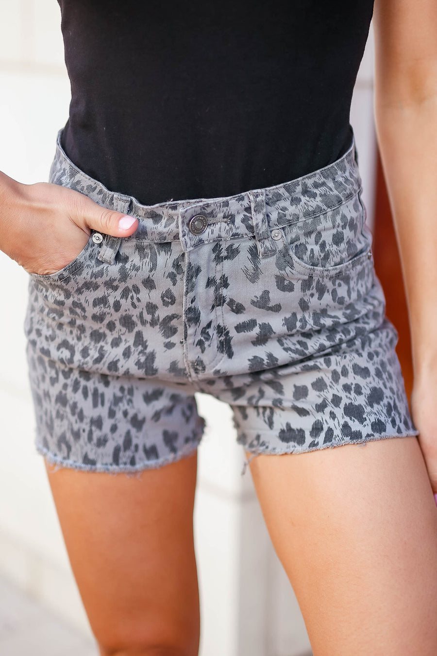KAN CAN Natasha Leopard Print Denim Shorts - Grey closet candy women's trendy leopard print raw hem jean shorts front
