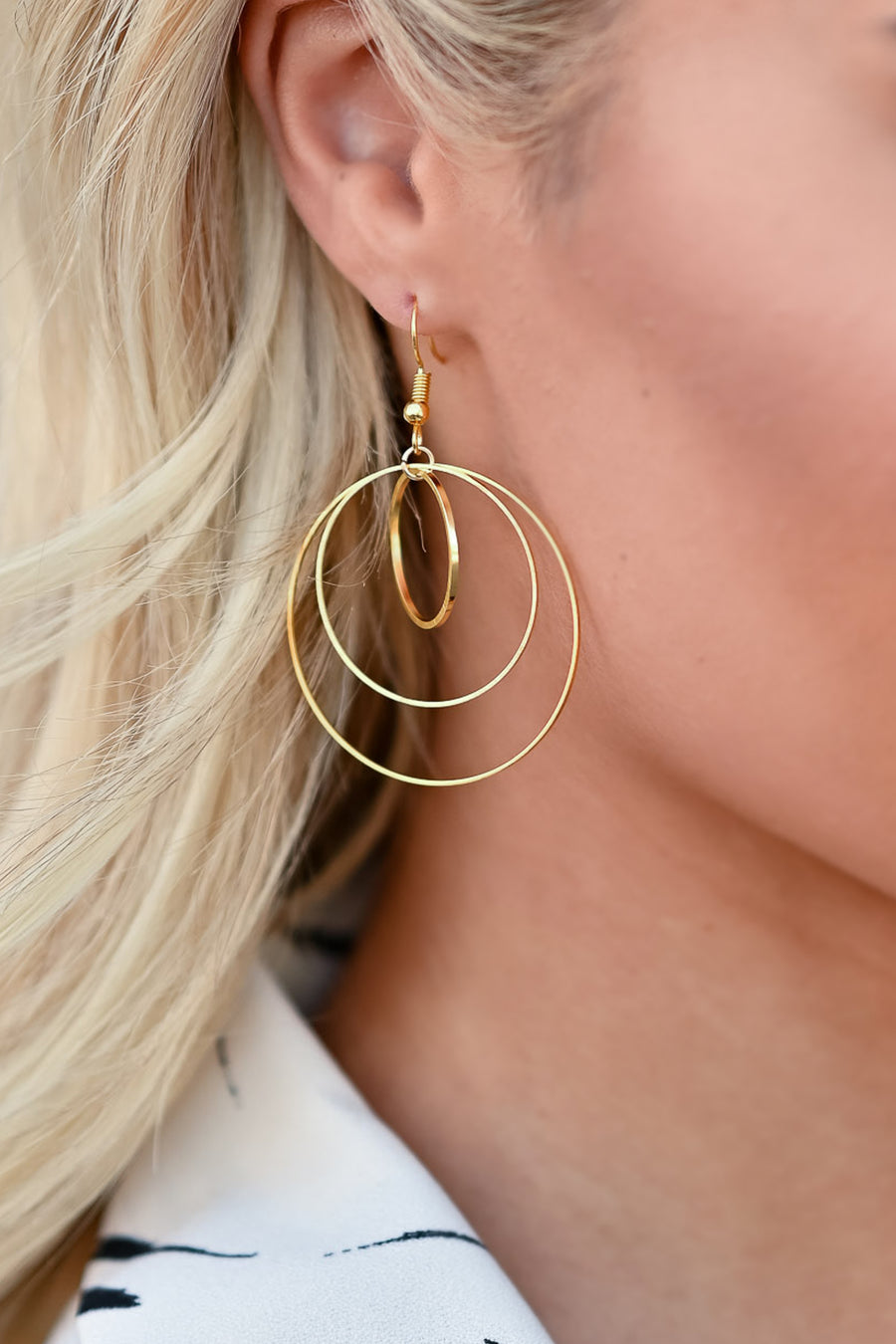 Everyone's Favorite Dangle Earrings - Gold womens trendy three circle earrings closet candy front