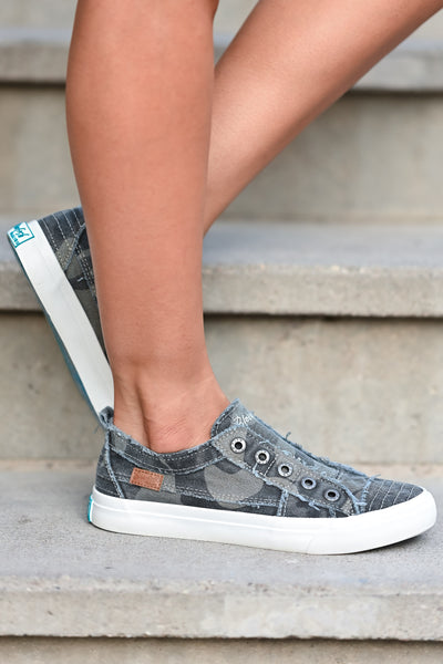 Wherever You Wander Sneakers - Grey Camo canvas womens trendy  sneakers without laces closet candy side 2