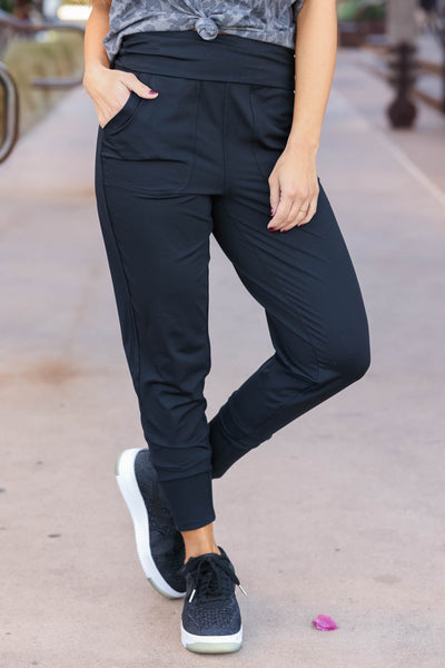THREAD & SUPPLY Just Kickin It Joggers - Black closet candy womens moisture wicking pants 2